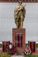Памятник павшим землякам в годы Великой Отечественной войны. с. Кирби. 2014