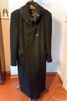 Пальто зимнее Б. Пастернака. СССР. 1939-1940-е. Английское сукно, каракуль
