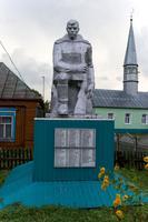 Памятник защитникам Отечества. с.Верхние Индырчи,Апастовский муниципальный район.2014