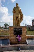 Парк Победы. Скульптура солдата. пгт Балтаси. 2014