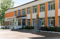 Здание Каипской общеобразовательной школы Лаишевского района. 2014
