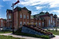 Памятник участникам строительства в 1942 году железнодорожной линии Свияжск-Ульяновск. 2014
