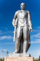 Обелиск павшим воинам. Памятник солдату.  с. Ст. Студенец. 2014