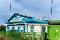 Дом в с. Старый Студенец, где живет Сайфиева А.А. - труженик тыла.  2014