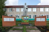 Памятник павшим солдатам. д. Карадуван. Балтасинский муниципальный район. 2014
