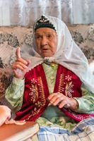 Фото. Сайфиева  А. А.  дает интервью. 2014