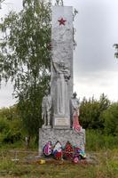 Памятник павшим землякам в с. Теньки Камско-Устьинского района. 2014