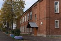 В этом здании с июля 1941 г. по сентябрь 1945 г. размещался эвакуационный госпиталь № 2784