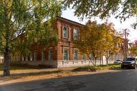 В этом здании в годы Великой Отечественной войны размещался эвакогоспиталь №2784