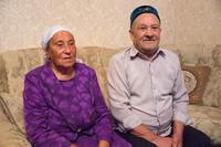 Сахабутдинова Макбуля Минвалеевна (1938 г.р.) с супругом, 2014 г.
