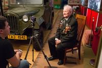 Фото. Рахимов Х.С дает интервью в музее г. Нурлат. 2014