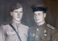 Фото Спасов В.И.(справа) 1945