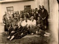 Фото. Раненые бойцы и медперсонал эвакогоспиталя № 3654. 1942