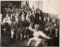 Фото. Раненые бойцы эвакогоспиталя № 3654 на концерте. 1940-е