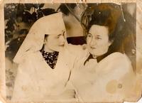 Фото.Медсестра и врач эвакогоспиталя № 3654. 1940-е