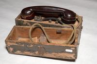 Полевой телефонный аппарат. СССР. 1940-е. Дерево, металл