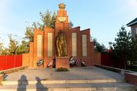 Мемориал павшим в Великой Отечественной войне (1941-1945), с. Поисево