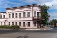 Мемориальный комплекс «Дом учителя». Карла Маркса 28