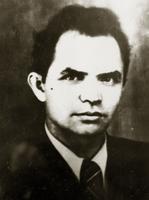 Фото. Захаров А.-студент моторостроительного факультета, комсорг колонны по строительству оборонительных сооружений.1941