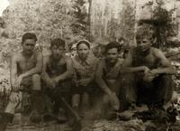 Фото.Студенты КАИ на лесозаготовках.1944