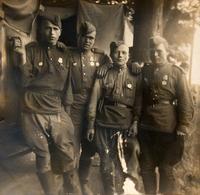 Фото. Боевой расчет. Семёнов Л.М. (третий слева). 1940-е