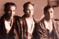 Фото. Ботов Б.А.(в центре) в госпитале. Вологда. 1943