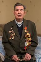 Фото. Чиж  Р.В. - ветеран Великой Отечественной войны дает интервью. 2014