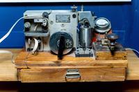 Телеграфный аппарат Морзе . СССР. 1943.  Дерево, металл