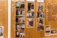 Стенд в экспозиции с фото цехов эвакуированного в 1941году из Киева химфармзавода.