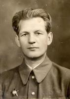 Фото. Гусев И.Г.- директор кетгутного завода. Удостоен за труд в годы Великой Отечественной войны ордена Красной Звезды. 1940-е