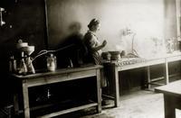 Фото. Спецлаборатория завода. 1940-е
