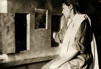 Фото.Производство светопорошка в спец. лаборатории. 1940-е