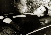 Посмертное фото Эрнста Кальтенбруннера после казни