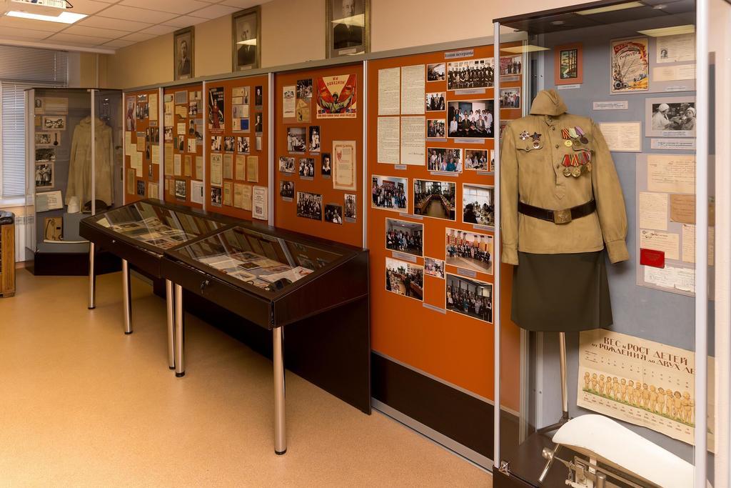 Фото №36833. Фрагмент экспозиции музея об истории института в годы Великой Отечественной войны. 2014