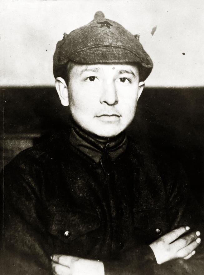 Фото №5313. Фото. Сибгат Хаким во время службы в Красной армии. 1933