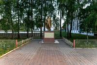 Мемориальный комплекс погибшим воинам. с.Кутлу-Букаш. 2014