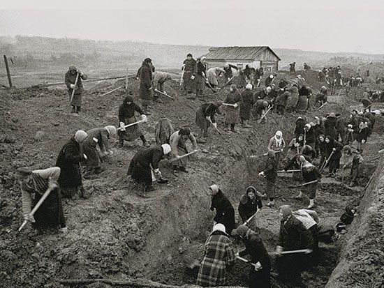 Строительство обвода. ТАССР. 1941 ©Tatfrontu.ru Photo Archive