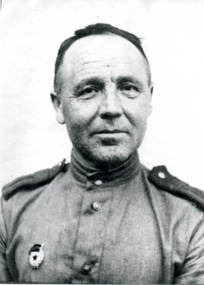 Фото №88469. Фото. Гасимов Ф.Г. - участник Великой Отечественной войны. Германия. 1944