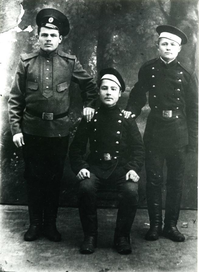 Фото №88474. Фото. Гасимов Ф.Г.(слева).1915-17-е
