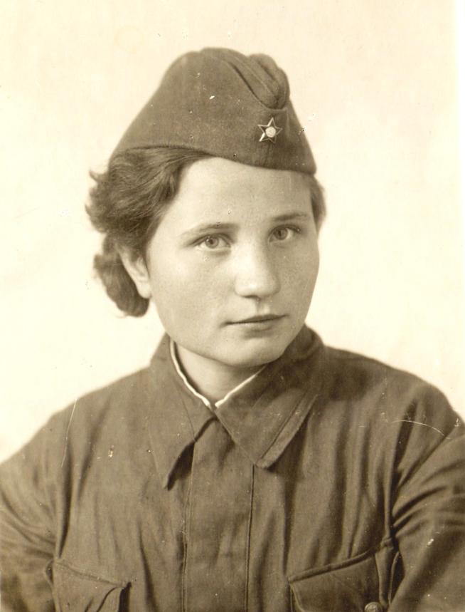 Фото №88488. Фото. Лопатина А.И. - участница Великой Отечественной войны. 1940-е