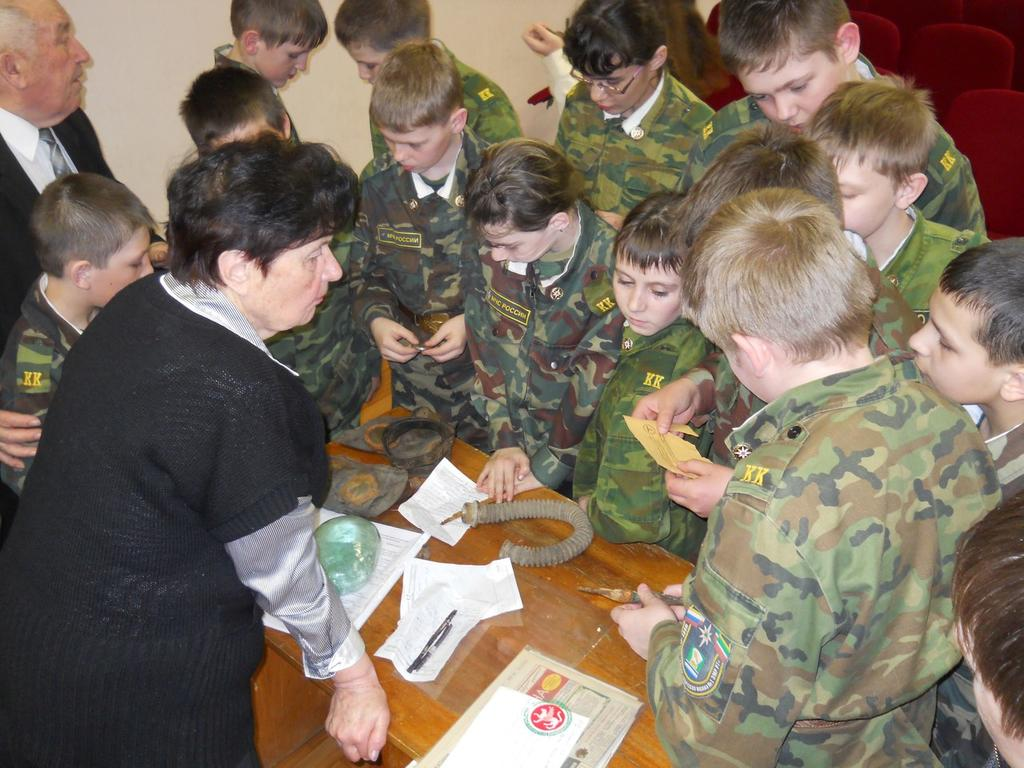Работа с Советом ветеранов и школьниками ©Tatfrontu.ru Photo Archive
