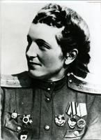 Фото. Герой Советского Союза - Сыртланова М. Г. 1940-е