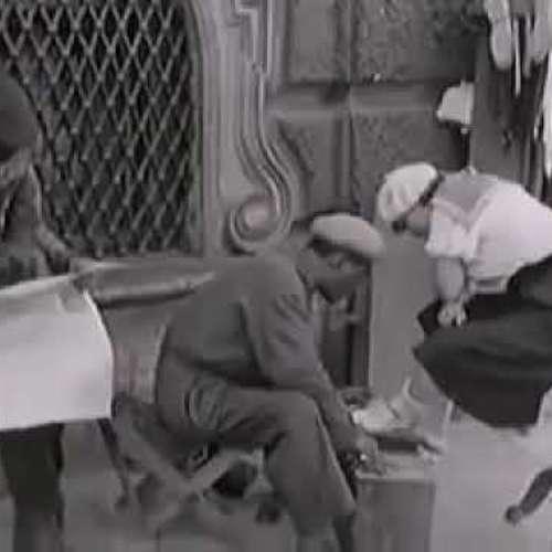 Embedded thumbnail for 1935 ГОД ГОРОД ГЕРОЙ ЛЕНИНГРАД МИРНАЯ ЖИЗНЬ ПРЕДВОЕННЫХ ЛЕТ КАДРЫ АМЕРИКАНСКОЙ КИНОХРОНИКИ